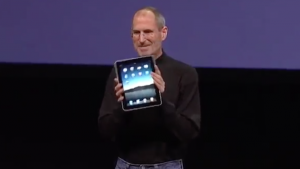 Steve Jobs auf der iPad Präsentation am 27. Januar 2010