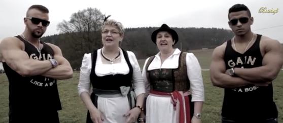 Kollegah und Major (Bild: BosshaftTV/Screenshot: NewsCouch)