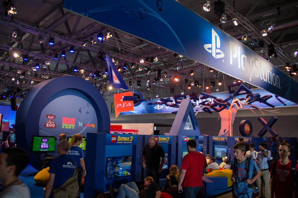 Sony PlayStation 4 auf der GamesCom 2014