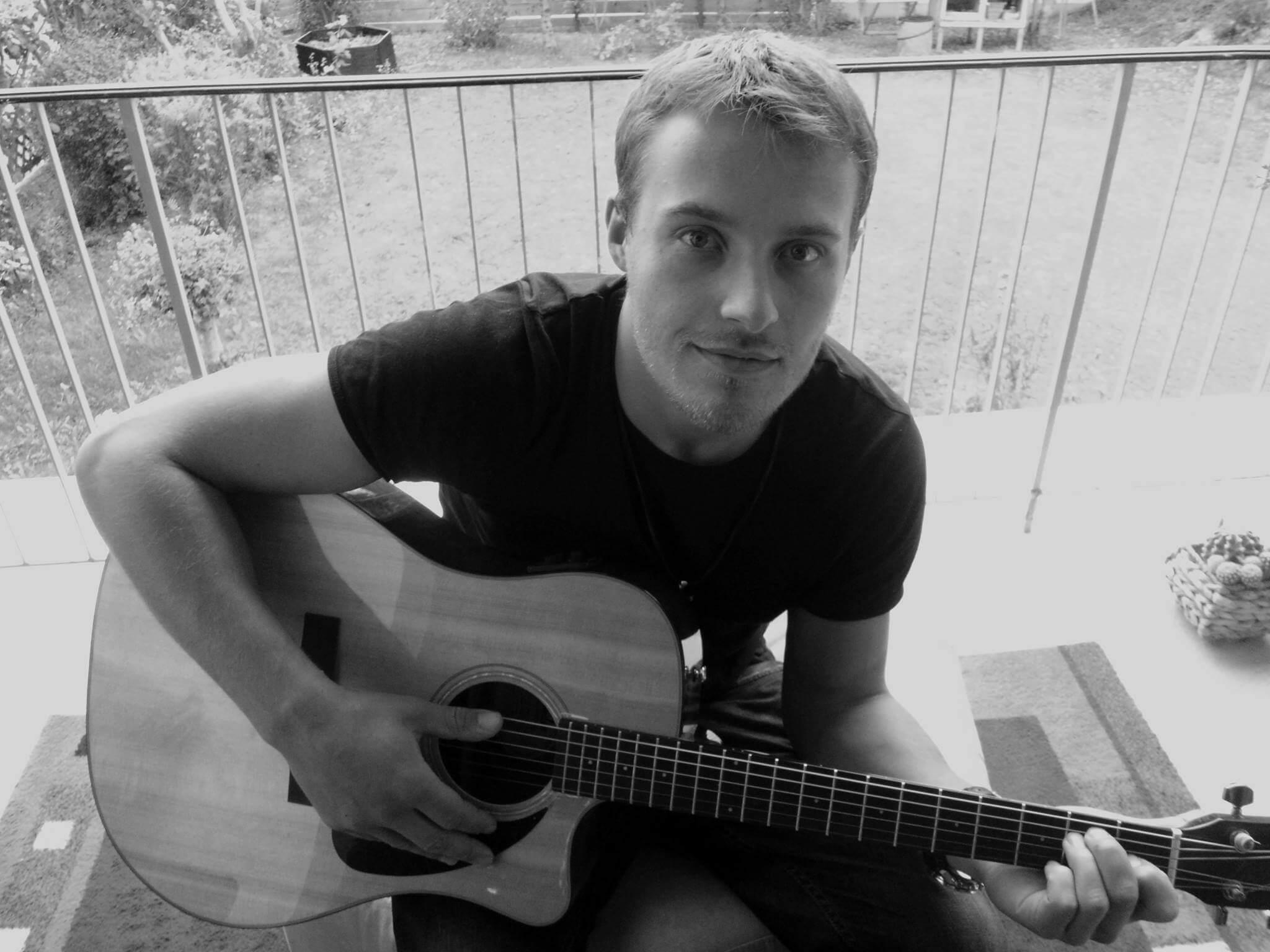 Chris Reell veröffentlicht die Single Had My Hair Long aus kommendem Album 1