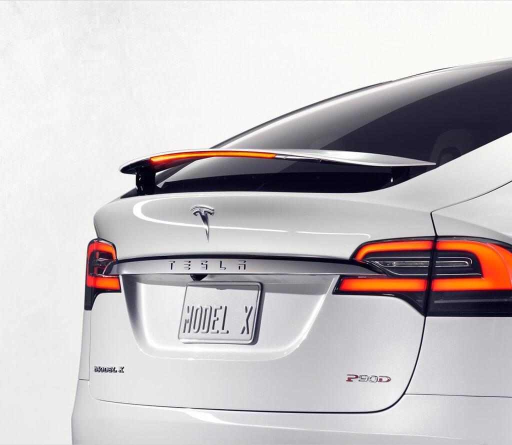 Tesla Model X Heck Design