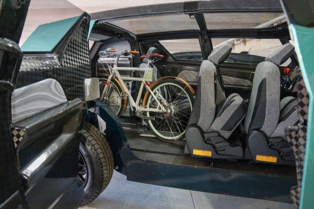 Clemson University International Center for Automotive Research (CU-ICAR)/Toyota uBox Concept 01