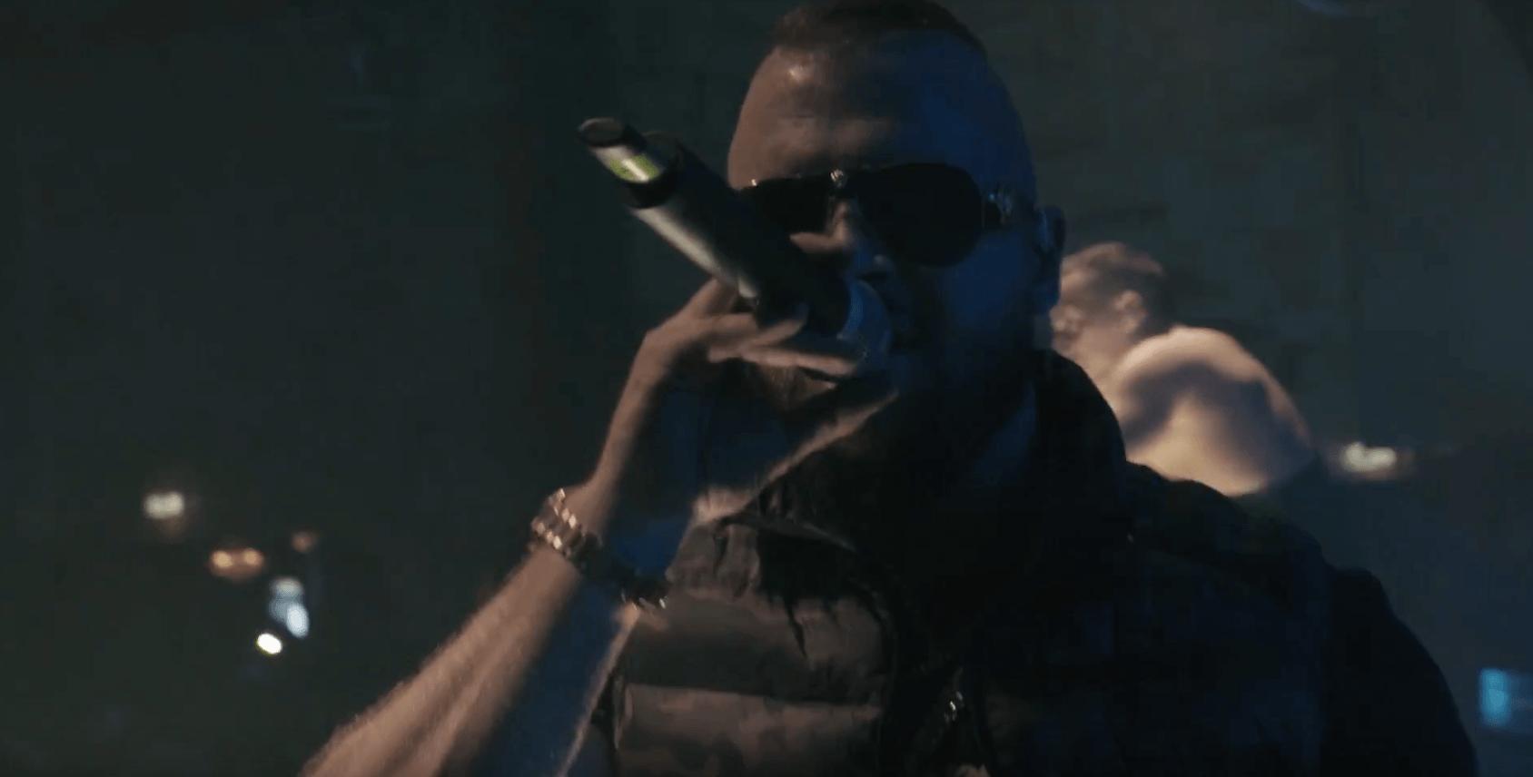 """Rapper Kollegah aus dem Live Musikvideo zu """"Es wird Zeit"""""""